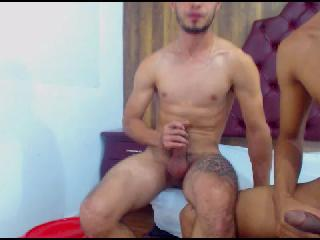 MAxyhotSex's Live Cam