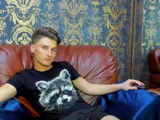 Webcam Snapshot for DylanObrien