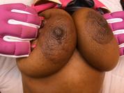 Msnovemer Tits